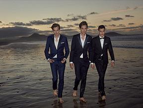 Jak dobrać garnitur ślubny? Przegląd modnych garniturów idodatków na ślub.