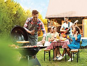 Radzimy, jak się ubrać na grilla – zarówno służbowego i przyjaciółmi!