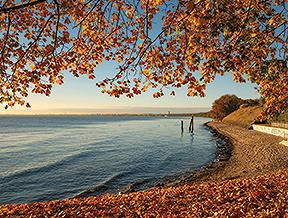 Jakie ubrania zabrać nad morze jesienią? Podpowiadamy!