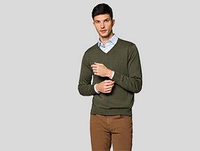 Jak nosić sweter w serek? Stylowe propozycje