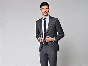 Jaki krawat założyć do koszuli w paski?
