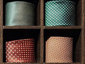 Jak dbać o krawat? Oto 5 prostych zasad
